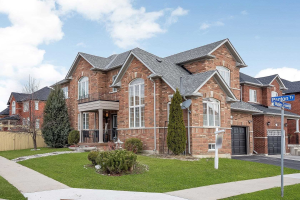 1301 Weller Crossing, Milton