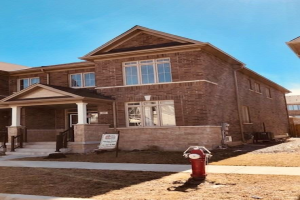 49 Yellowknife Rd, Brampton