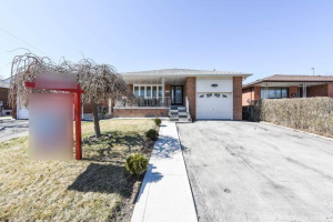 7522 Middlebrook St, Mississauga