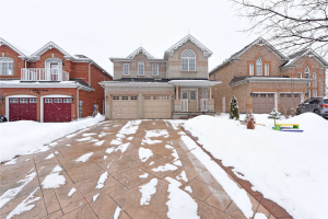780 Golden Farmer Way, Mississauga
