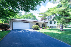 290 Ash Tree Way, Oakville