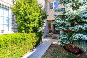 3163 Steppingstone Crt, Mississauga