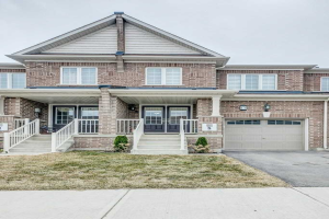 478 Queen Mary Dr, Brampton