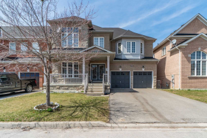 8 Footbridge Cres, Brampton