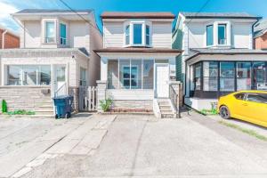 308 Silverthorn Ave, Toronto