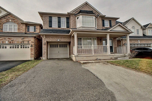 $799,999 • 58 Personna Circ , Credit Valley