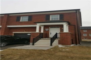62 Mclaughlin Ave, Milton