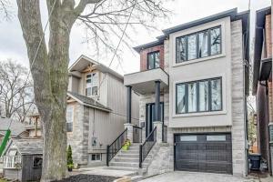 90 Laburnham Ave, Toronto