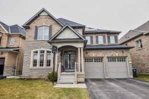 $1,395,000 • 71 Pathway Dr , Credit Valley
