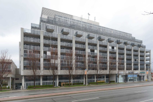 1040 The Queensway Ave, Toronto