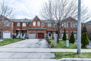 174 Twin Pines Cres, Brampton