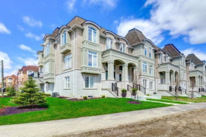 119 Armdale Rd, Mississauga