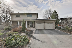 2006 Waters Edge Dr, Oakville