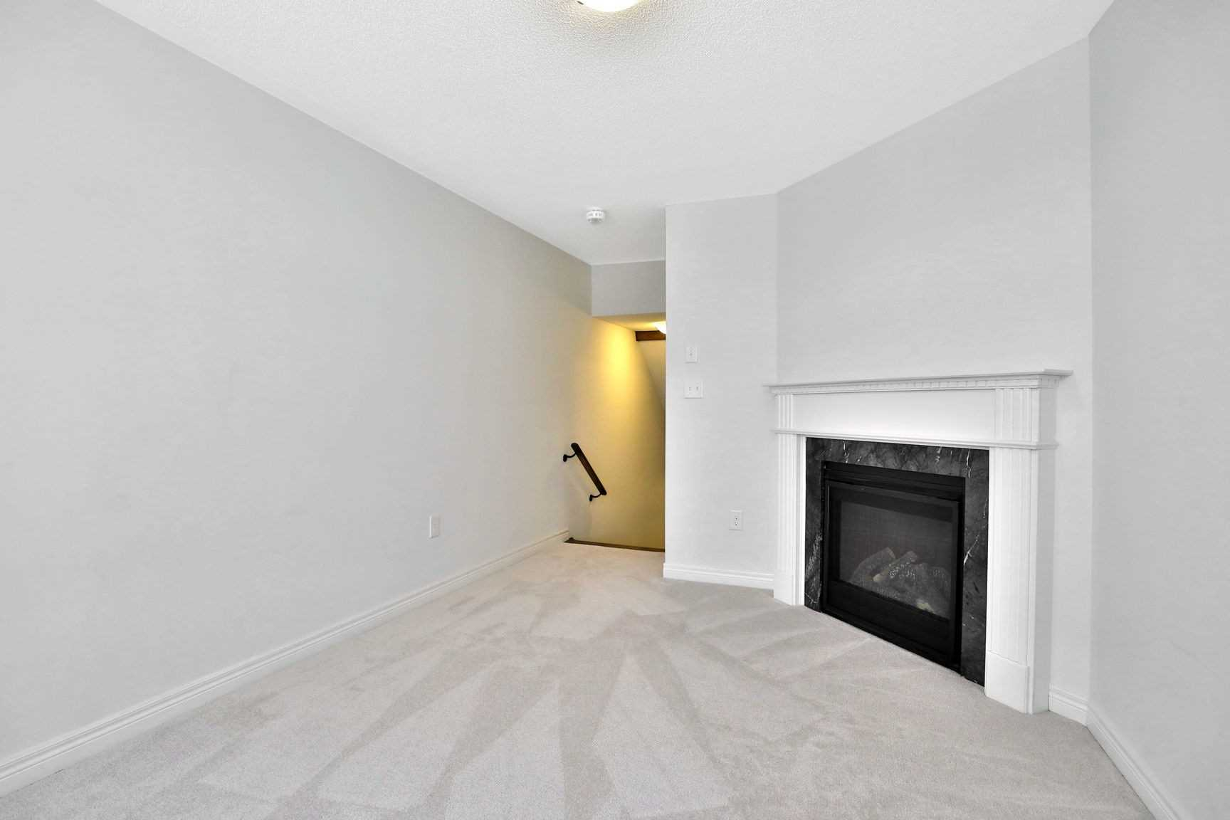 Listing W4427957 - Thumbmnail Photo # 7