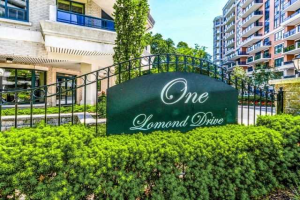 1 Lomond Dr, Toronto
