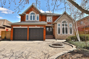 2070 Grand Ravine Dr, Oakville