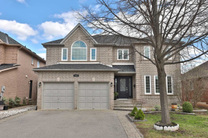 2062 Grand Ravine Dr, Oakville