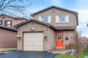 7017 Hickling Cres, Mississauga