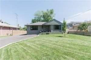 502 Brookside Dr, Oakville