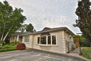 1124 Bridge Rd, Oakville