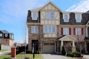 21 Ashen Tree Lane, Brampton