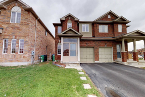 61 Commodore Dr, Brampton