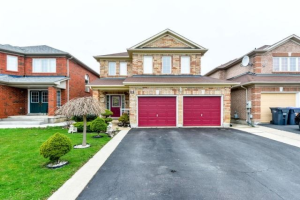 6 Roadmaster Lane, Brampton