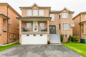 1633 Barbertown Rd, Mississauga