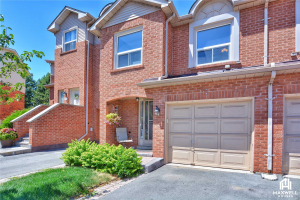 1560 Reeves Gate, Oakville