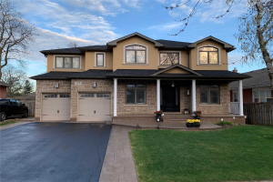 116 Mayfield Dr, Oakville
