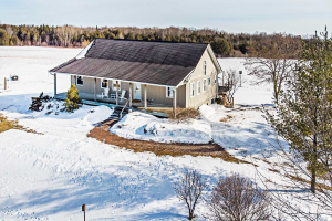 82 Black School Rd, Kawartha Lakes