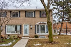 2700 Barton St, Hamilton