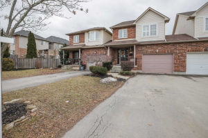 82 Tomahawk Dr, Grimsby