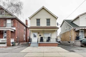 204 Avondale St, Hamilton