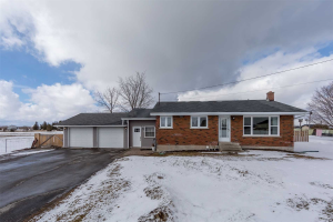 3909 Highway 35 Rd, Kawartha Lakes