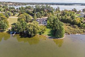 42 Pleasant View Cres, Kawartha Lakes
