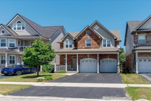 240 Carrington Dr, Guelph