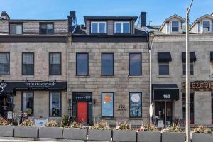 152 James St S, Hamilton