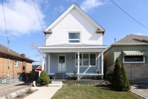 156 Edgemont St N, Hamilton