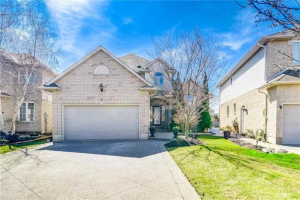 $829,900 &bull; 67 Jeffrey Dr, Hamilton, Hamilton <br/> RE/MAX ESCARPMENT REALTY INC., BROKERAGE