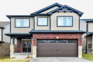 99 Newcastle Dr, Kitchener