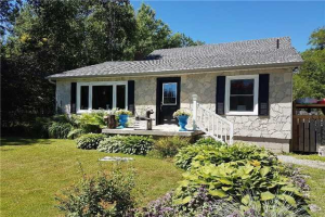 2477 Pigeon Lake Road Rd, Kawartha Lakes