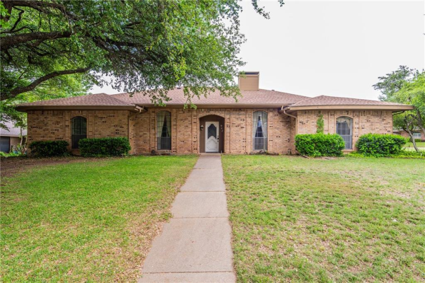 942 Green Tree Lane, Duncanville