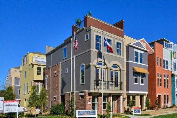 1325 Branchwood Place, Dallas
