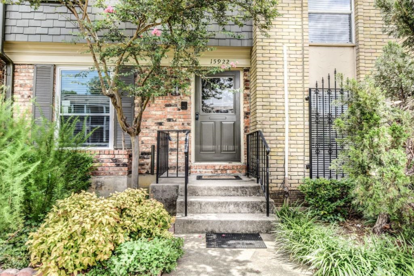 15922 Coolwood Drive, Dallas