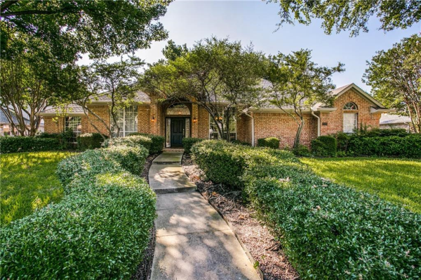 7110 Winding Creek Road, Dallas