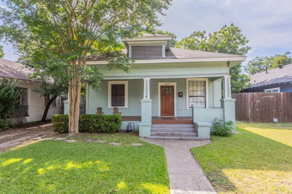 413 Brighton Avenue, Dallas