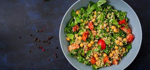 quinoa-chickpea-spinach-salad