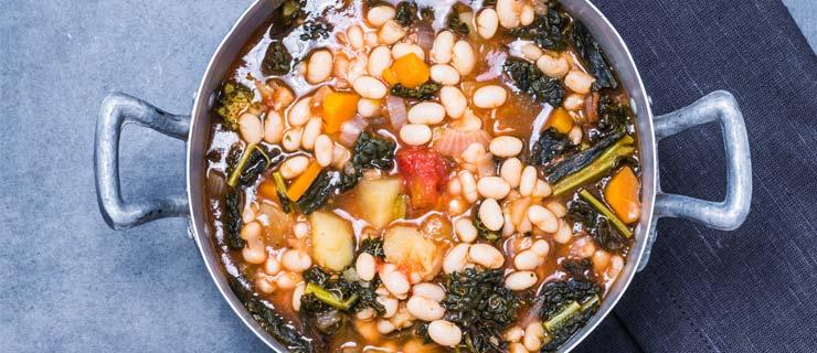 white-bean-pesto-soup