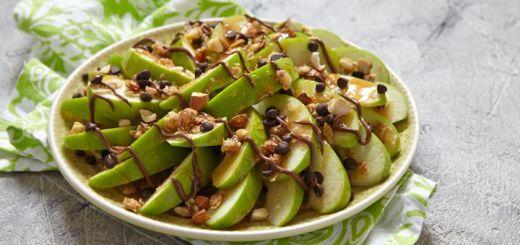 Apple Nachos with Cinnamon Spiced Raw Vegan Salted Caramel